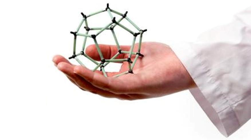 علم نانو و استفاده آن در علم پزشکی و مقابله با سرطان