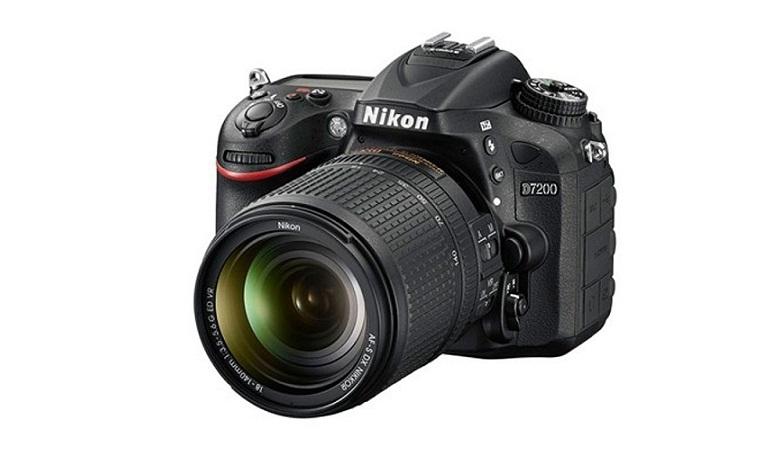 Nikon-D7200-7
