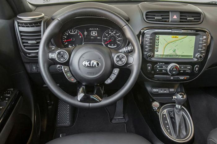 2015-kia-soul-cockpit_b8cea