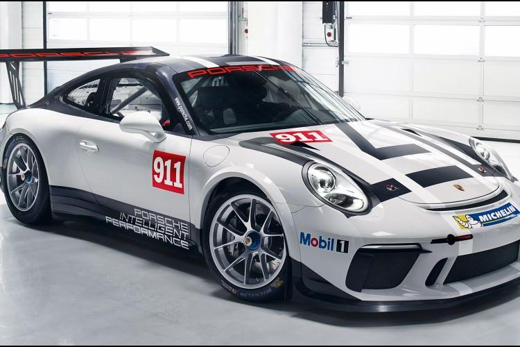 رونمایی پورشه از خودروی مسابقه ای ۹۱۱ GT3 Cup