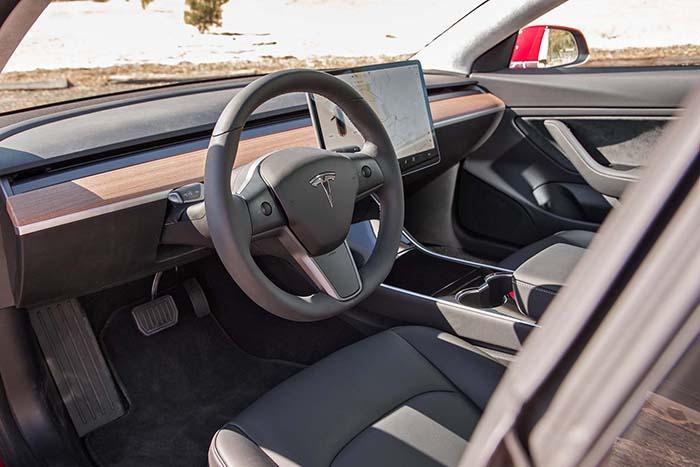 خودرو تسلا مدل 3 (3)