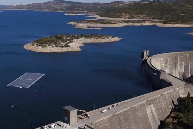 اولین نیروگاه ترکیبی برق آبی و خورشیدی جهان آغاز به کار کرد