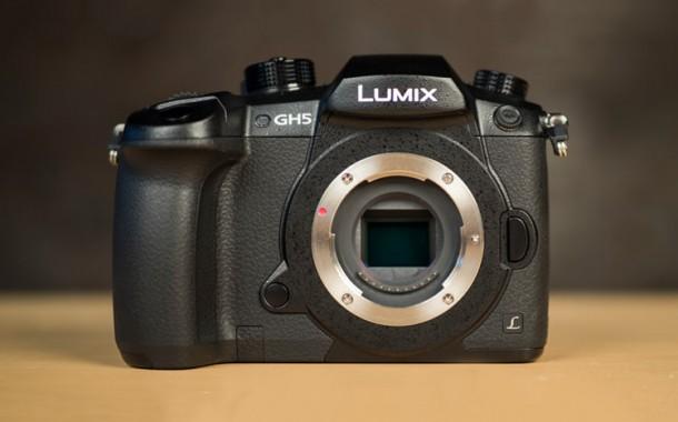 نگاهی به اولین دوربین پاناسونیک با فیلم برداری ۴K و نرخ ۶۰ فریم بر ثانیه به صورت نامحدود