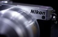 شرکت نیکون درصدد عرضهی یک دوربین بدون آینه فول فریم به بازار است