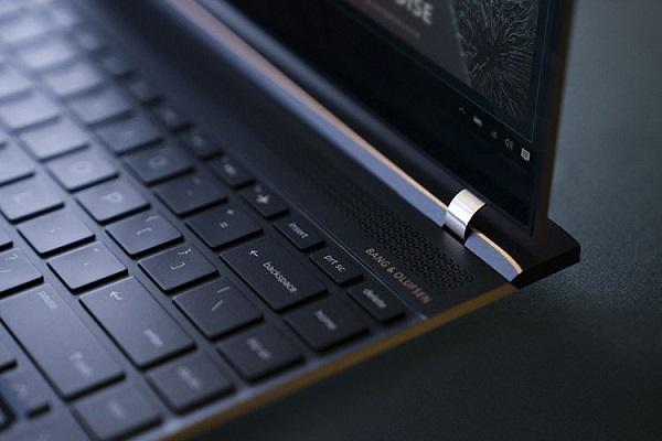 نسل جدید لپ تاپ اسپکتر x360 اچ پی همراه با نسل هشتم پردازنده های اینتل معرفی شد