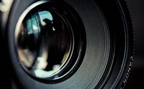 آیا تفاوت دوربینهای فول فریم و کراپ سنسور در عکاسی حرفهای زیاد است؟